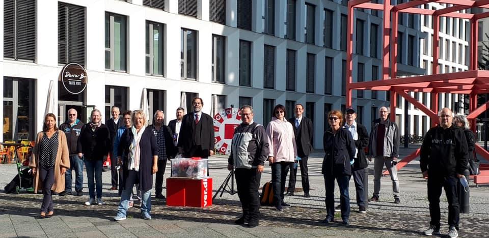 In Berlin fordern Beschäftigte Anerkennung für ihre Arbeit